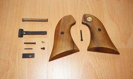 Spare Parts / Pièces Détachées Revolver Reck R18, Cal. 357 Magnum !! - Unclassified