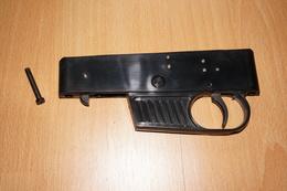 Trigger Group For Semi-auto Rifle / Mécanisme De Détente Pour Carabine Semi-auto  ++ VOERE .22lr  ++ !! - Unclassified