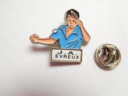 Beau Pin's , Tennis De Table , J.A. Evreux , Eure - Table Tennis