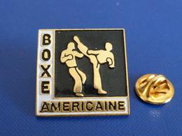 Pin's Boxe Américaine (PT36) - Boxing