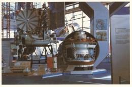 CPA - Le Pavillon Cosmos Moscou - Station Automatique Interplanétaire Véga - Astronomie