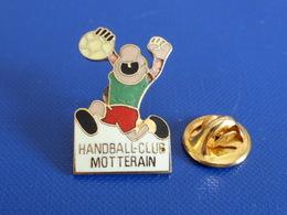 Pin's Handball Hand Ball - Club Motterain (PW20) - Handball