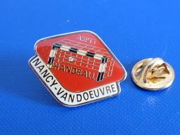 Pin's Handball Hand Ball - Club Nancy Vandoeuvre - ASPTT La Poste PTT (PW23) - Handball