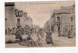 Janzé - La Grande Rue Un Jour De Marché - 35 - - France