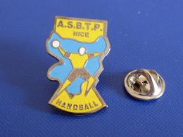 Pin's Handball Hand Ball - Club ASBTP Nice (PW40) - Handball