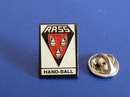Pin's Handball Hand Ball - Club RASS Etain (PW41) - Handball