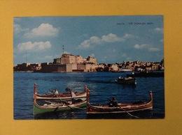 CARTOLINA FORMATO GRANDE VIAGGIATA MALTA THE DGHAJSA MAN PESCATORI BARCHE - Malta