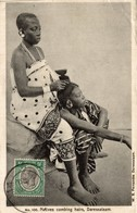 NATIVES COMBING HAIRS DARESSALAAM - Tanzania