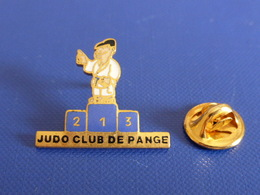 Pin's Judo - Club De Pange - Podium (PT69) - Judo
