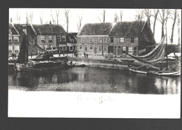 Heusden - Stadshaven - Groet Uit Heusden - Reproductie Uitgave De Veerpoort, Boekhandel Heusden - Vissersboot - Nederland