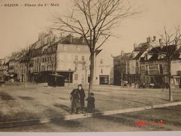 C.P.A.- Dijon (21) - Place Du 1er Mai - Boucherie Roussotte - 1916 - SUP (AR 36) - Dijon