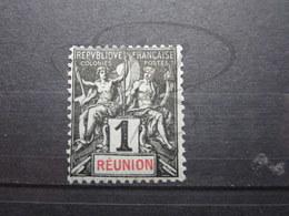VEND BEAU TIMBRE DE LA REUNION N ° 32 , X !!! - Réunion (1852-1975)