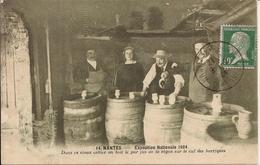 NANTES (Loire-Atlantique) - EXPOSITION NATIONALE 1924 - Vieux Cellier - Jus De La Vigne - Animée - 21 Septembre 1924 - Nantes