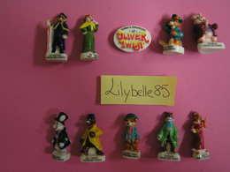 Série Complète De 10 Fèves Anciennes En Porcelaine - OLIVER TWIST 2003 ( Feve ) RARE - Cartoons
