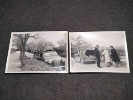 ANTIQUE ORIGINAL PHOTO LOT X2 COUPLE WITH OLD CAR IN SPAIN 1964 - Coches