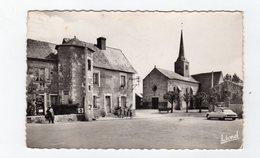 Brigne ( Maine Et Loire ) La Place De L'eglise , Citroën DS , CPSM - 49 - - France
