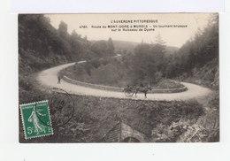 L'Auvergne Pittoresque. Route Du Mont Dore à Murols. Un Tournant Brusque. Attelage. (3083) - Le Mont Dore