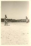 GUERRE D'ALGERIE - LOT DE 5 PHOTOS - MOMENT DE DETENTE DES MILITAIRES - War, Military
