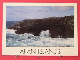 Visuel Pas Très Courant - Irlande - Aran Islands - Scans Recto-verso - Autres