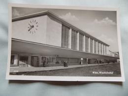 VINTAGE AUSTRIA: WIEN Westbahnhof  RP B&w 1953 RAILWAY STATION - Austria