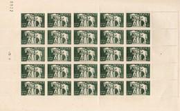 Feuille De 25 Timbres N°586 Pour Un Cote De 31,25 Euros (voir Le Scan) - Fogli Completi
