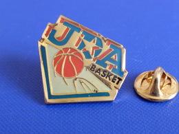 Pin's JDA - Club De Basketball Basket Ball (PX32) - Basketball