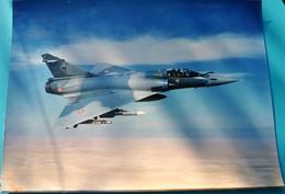 Rare Photo Venant Du SIRPA AIR Année 94 Mirage 2000 Escadron 2/5 Ile-de-France Format 29x39 - Aviation