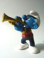 FIGURINE SCHTROUMPF MUSICIEN DE L'ORCHESTRE JOUEUR DE TROMPETTE SCHLEICH 2001 - Smurfs
