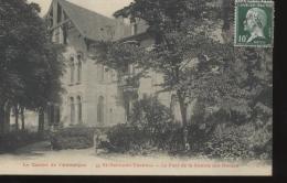 63 - St-NECTAIRE THERMAL - Le Parc De La Source Des Dames   ***Plan Rare*** - Saint Nectaire