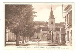 CPA 37 LEUGNY Sur CREUSE Par La HAYE DESCARTES - Place De L'Eglise - Petite Animation - Peu Commune - Other Municipalities