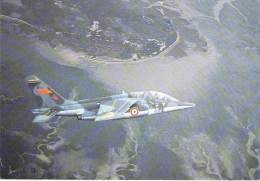 ** Lot De 3 Cartes ** AVIONS MILITAIRES Planes : Trois Avions Différents - Flugzeug Vliegtuigen - CPSM CPM GF MILITARIA - 1946-....: Moderne