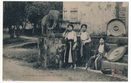 CPA - TONKIN - Jeunes Filles De Hanoï - Viêt-Nam