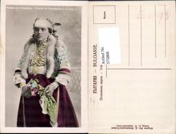 575868,Volkstypen Typen Costume De Arrondissment De Sofia Bulgaria - Trachten