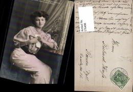 576498,Foto-AK Frau Portrait Frauen Mädchen Mittwoch Schreiben Brief Pub EAS - Frauen