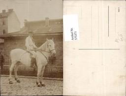 575371,Foto-AK Pferd Schimmel Reiter Mann - Pferde