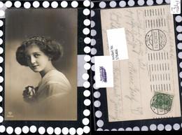 576466,Foto-AK Frau Portrait Frauen Mädchen Haarband Haarschmuck Rose - Frauen