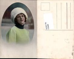 576488,Foto-AK Frau Portrait Frauen Mädchen Haube - Frauen