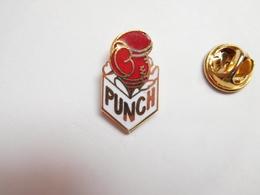 Beau Pin's En EGF , Boxe , Punch , Signé Punch - Boxing