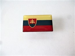 PINS DRAPEAU PAYS D'EUROPE SLOVAQUIE  / Editions Atlas / 33NAT - Other