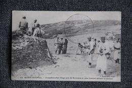 ORIENT , MAROC - Occupation D'un Village Près De MERZOUKA ( Le Père LAURENT Suivant La Colonne). - Guerres - Autres