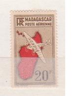 MADAGASCAR       N°  YVERT  :  PA  13  NEUF AVEC  CHARNIERES      (  CH 23  ) - Poste Aérienne