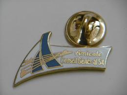 Pin's - Amicale Du CONSEIL GÉNÉRAL De MEURTHE-ET-MOSELLE 54 - Administrations