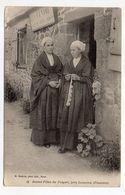 Près Lesneven--LE FOLGOET -1905--Jeunes Filles (coiffes,costumes,vente Objets De Piété Et De Cierges) - France