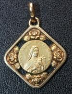 """Médaille Religieuse Pendentif Début XXe """"Saint Thérèse De L'Enfant Jésus - Lisieux"""" Religious Médal - Religión & Esoterismo"""