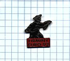 Pin's Pins /  THEME PETANQUE - FIRMINY EURO 92 ( Beau Français Avec Beret ) - Pétanque