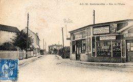 CPA - SARTROUVILLE (78) - Aspect De La Poste Et Du Bazar De L'Union Dans La Rue De L'Union Dans Les Années 20 / 30 - Sartrouville