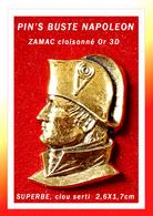 SUPERBE PIN'S NAPOLEON : PORTRAIT De NAPOLEON-BONAPARTE En ZAMAC Cloisonné Or 3D, Clou Serti, 2,6X1,7cm - Personnes Célèbres