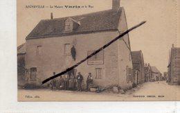 """28 AIGNEVILLE ( Eure Et LOIR )    La Maison VARIS Et La Rue .    """" état"""" - France"""