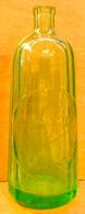 BOUTEILLE DE SIPHON EN VERRE SANS BOUCHON M. LA POULLE MANTAIS MANTES / CIRIER PAVARD PARIS - Other Bottles