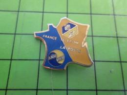 1218c Pin's Pins / Rare Et De Belle Qualité / FRANCE TELECOM / HEXAGONE CARTE DE FRANCE ANR PTT - Administrations